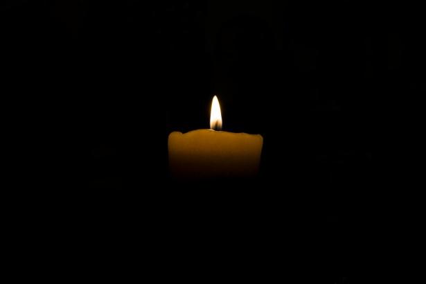 candle-1466148166WmM